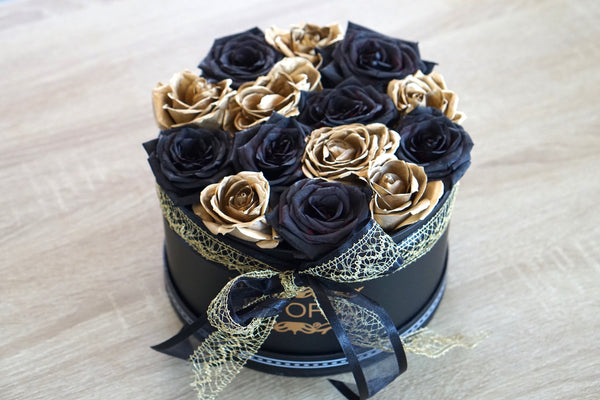 black and gold roses Auckland