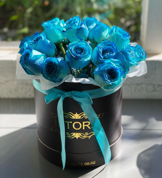 Blue roses (inc.Vase) | Blue rose bouquet