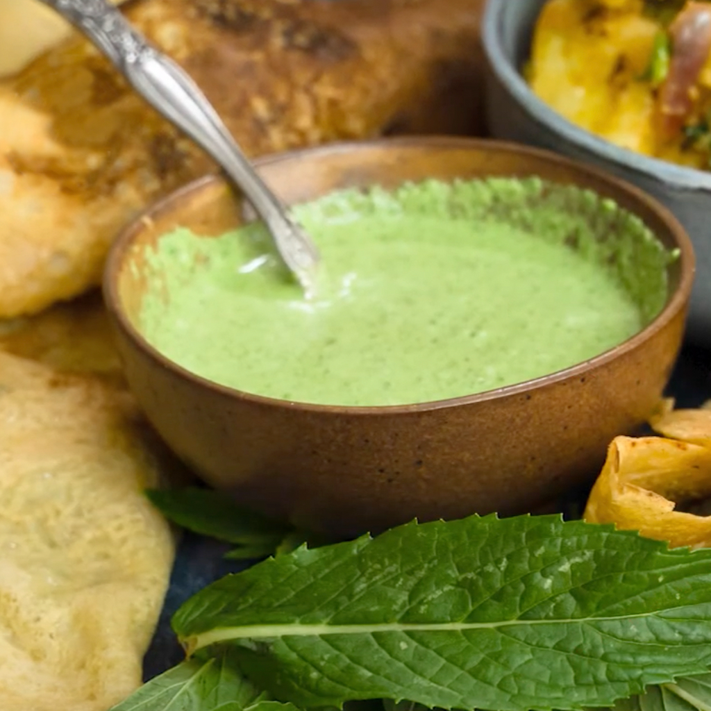 Indian mint yoghurt sauce
