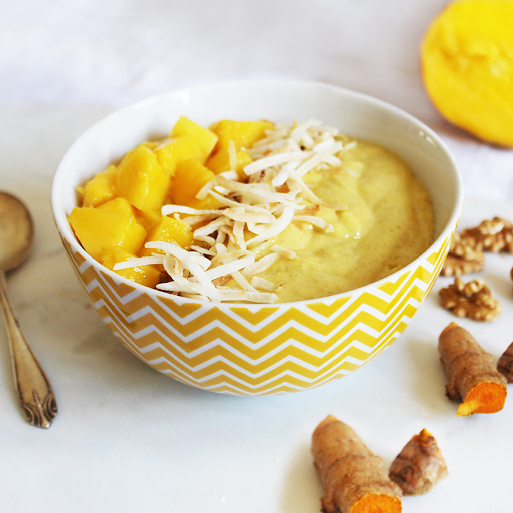Anti-inflammatory tropical turmeric smoothie bowl