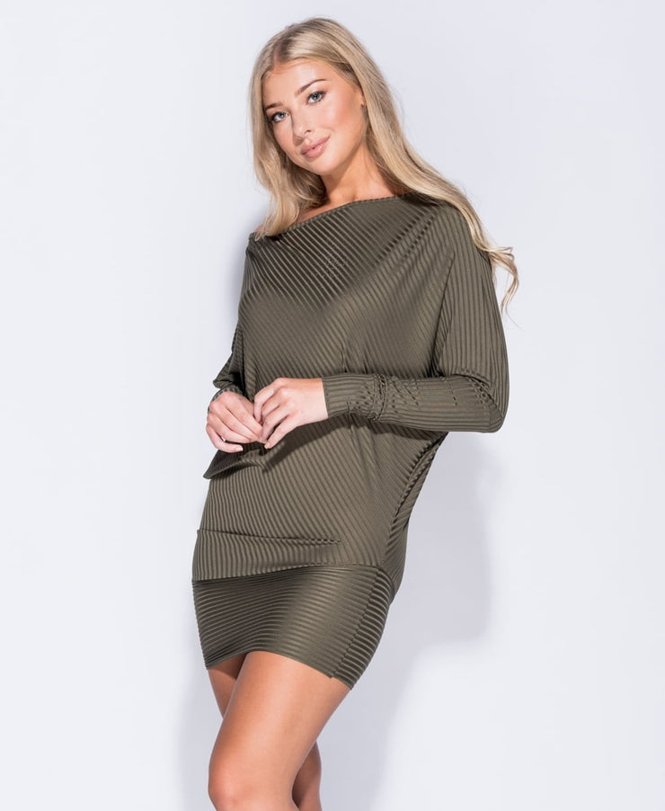 WYVERN SLEEVE DRESS
