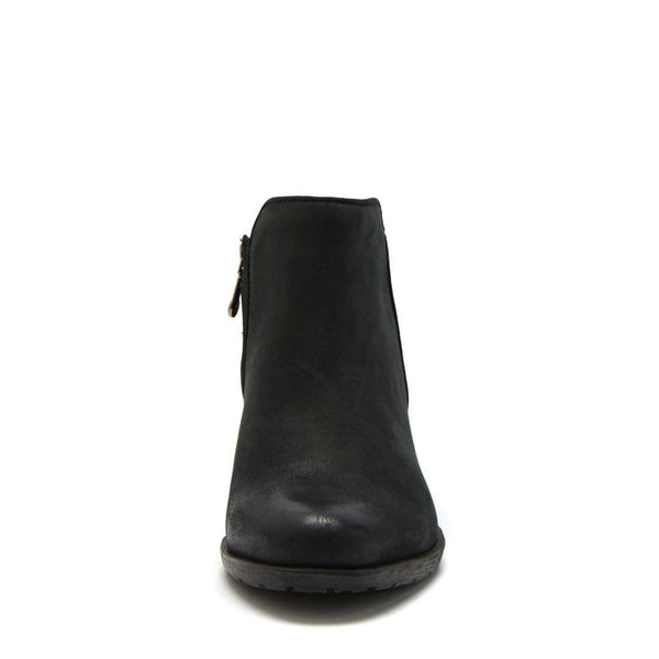 BVILLA WATERPROOF BLACK LEATHER - Steve Madden