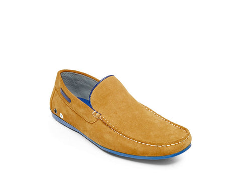 PLAYS YELLOW SUEDE - Steve Madden