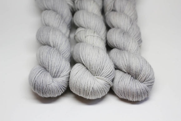 First Frost - BFL DK - Blue Faced Leicester DK Weight