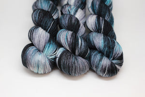 Magpie - Oasis Fingering - Superwash Merino Nylon