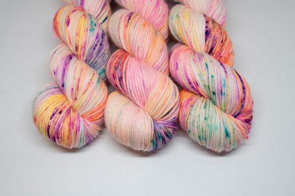 Crayon - Merino DK - Double Knit Weight