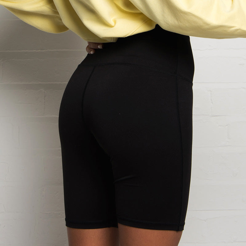 304 Women's Reflective Cycling Short - Black | 304