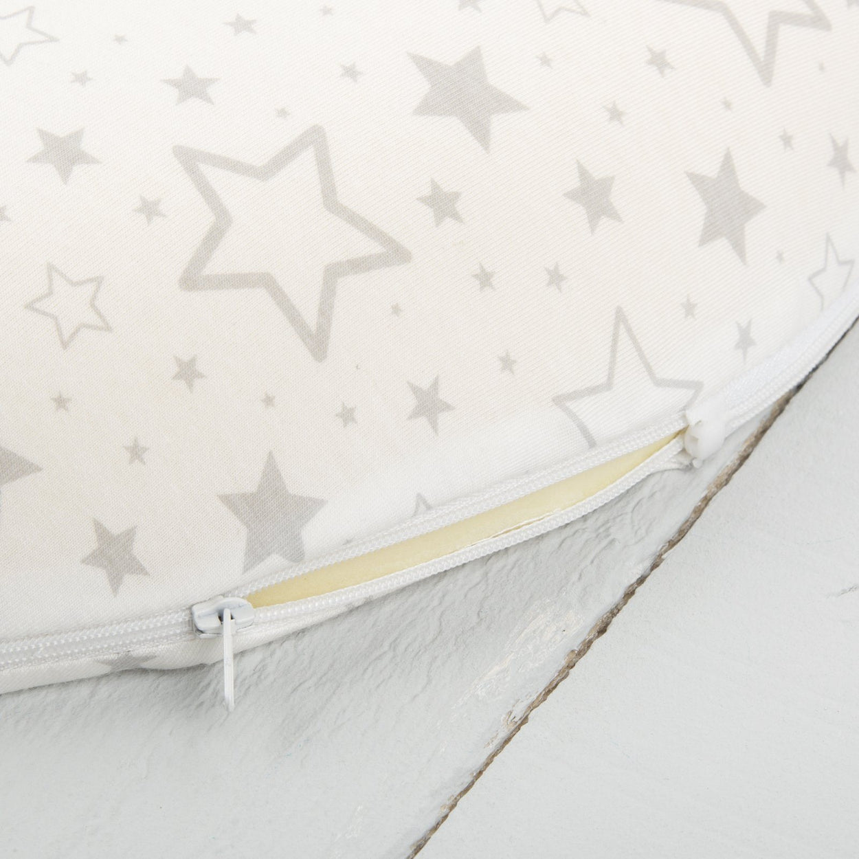 comfi mum memory foam maternity cushion stars