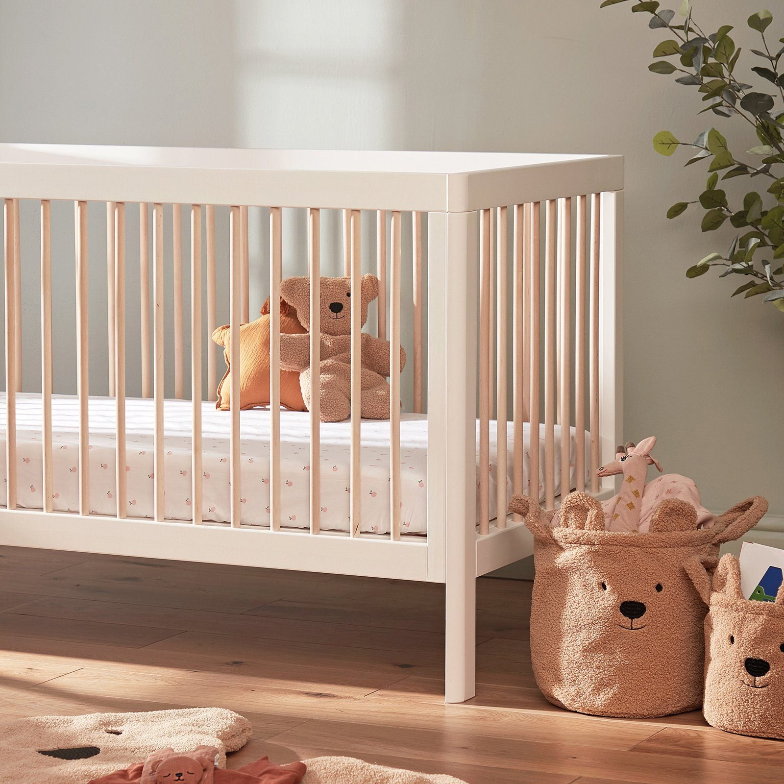 Troll Lukas Cot Bed - White/Natural Furniture Troll