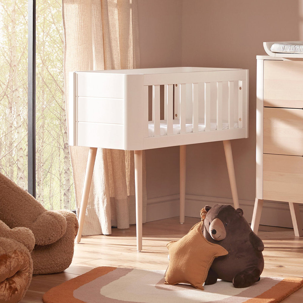 Troll Retro Crib - White/Natural Furniture Troll