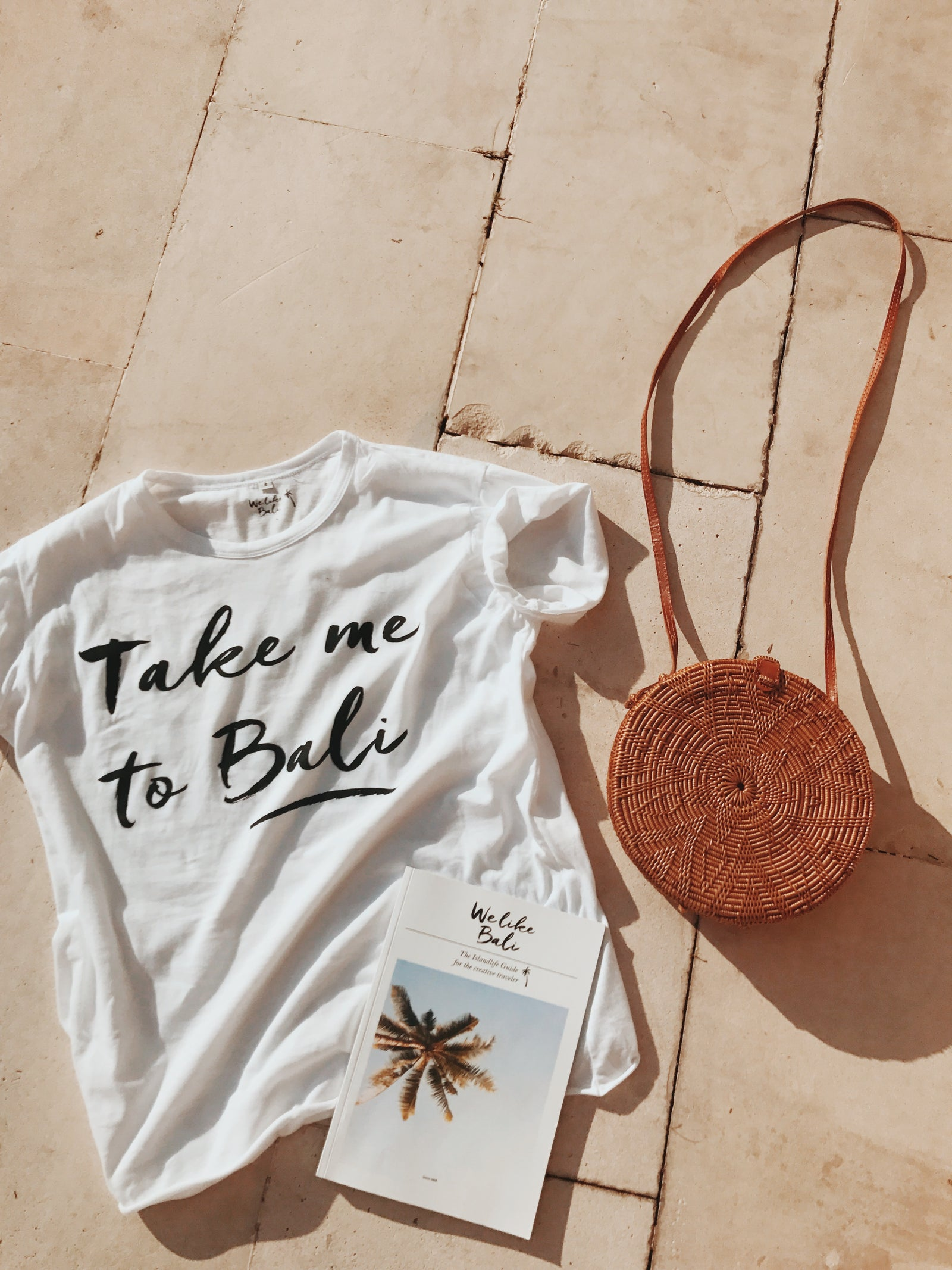 Take me to Bali T-shirt - White