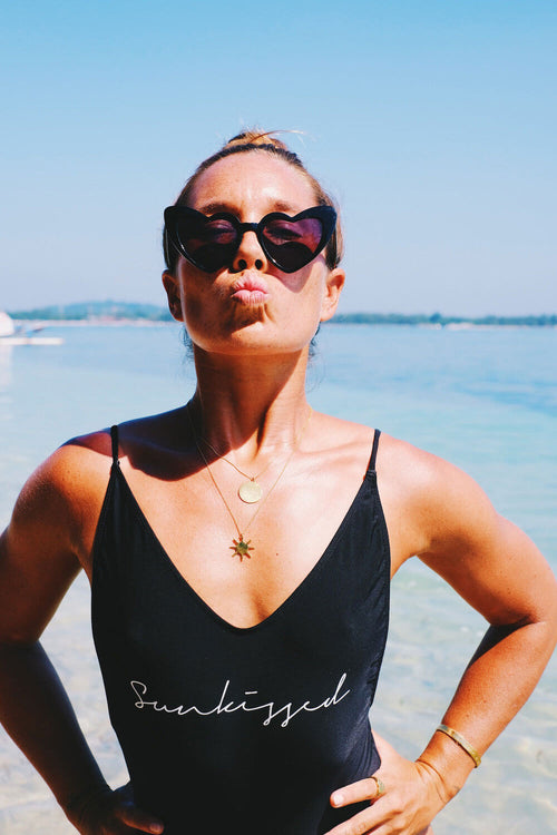 Island Lovers Sunnies - Black