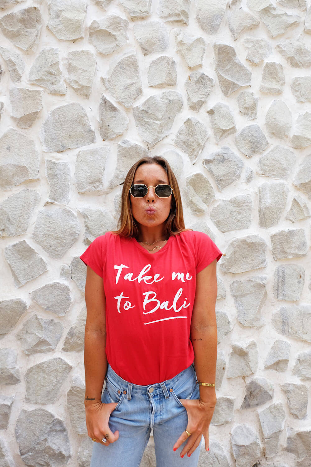 Take me to Bali Tee - Red