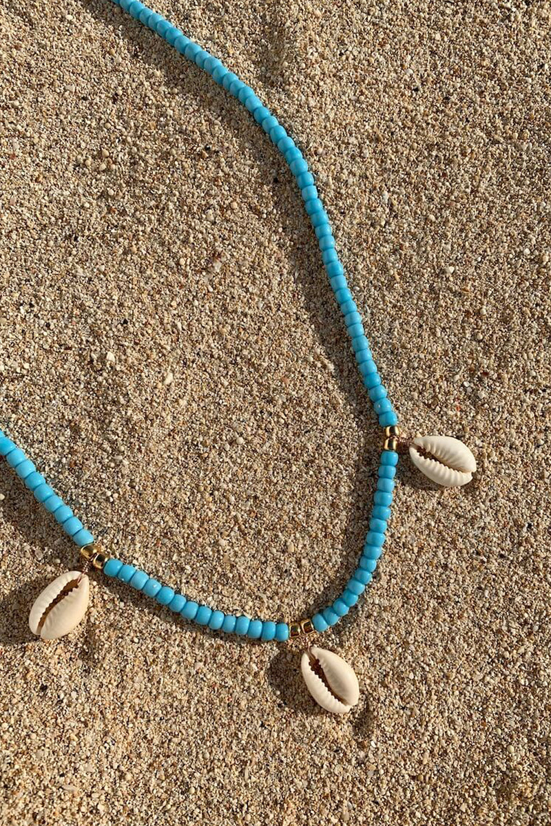 Shell we go to Bali necklace | Blue