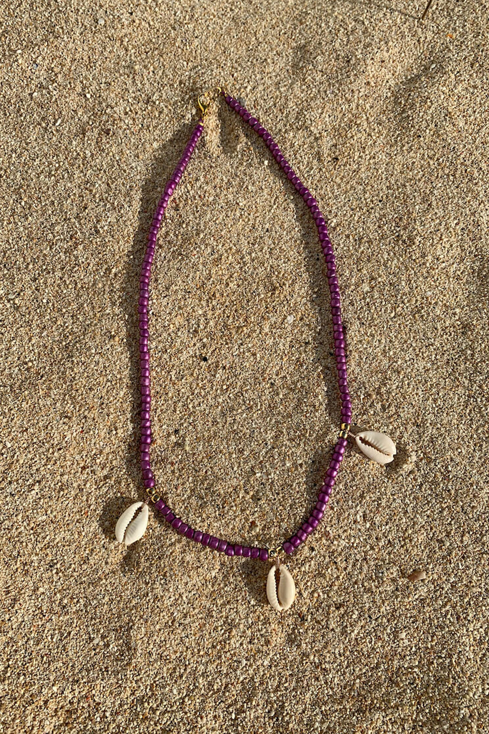 Shell we go to Bali necklace | Purple