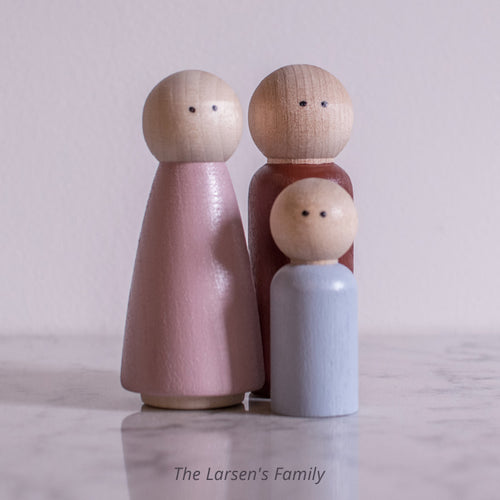 Family of 3 - The Larsen's