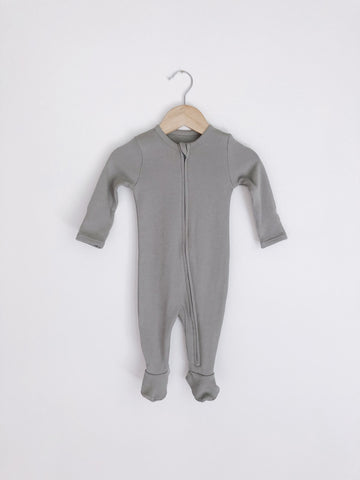 Organic zip up baby footie