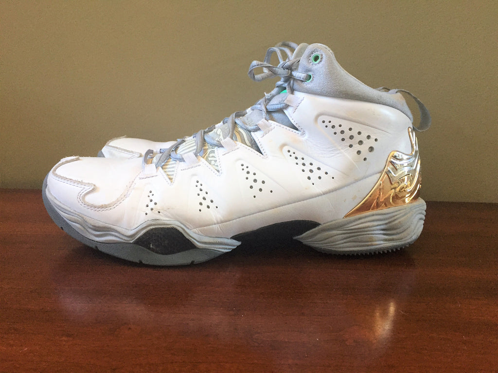 b4b0bfd263d641 Nike Air Jordan MELO M10 White Green Glow Wolf Grey XX9 629876 105 9 1 –  Another Round Thriftique