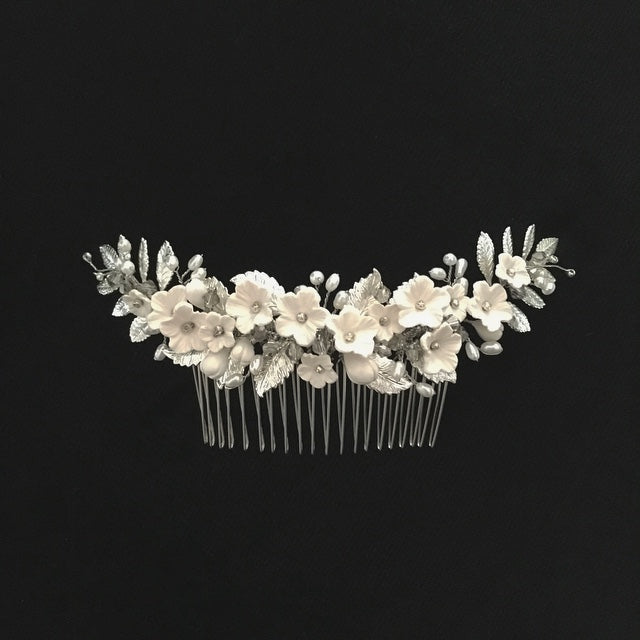 Evelyn | Off-white and Silver hair comb