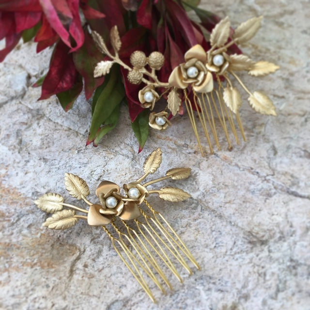 Helena | Gold hair comb (set of 2)