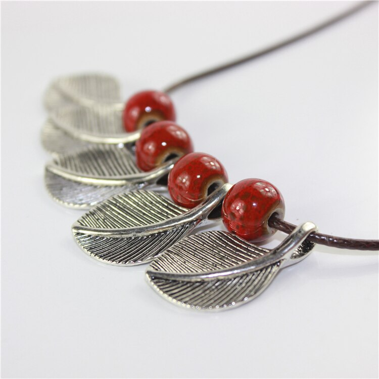 berry breeze necklace
