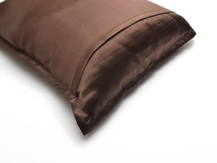 Manito Silk Travel Pillow, Brown