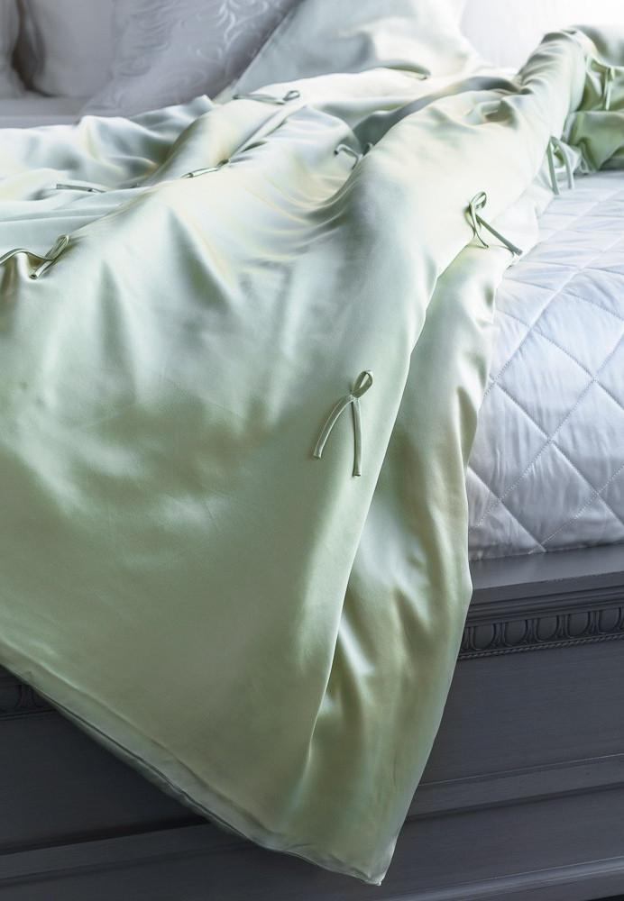 MANITO Silk Throw Blanket, Mint