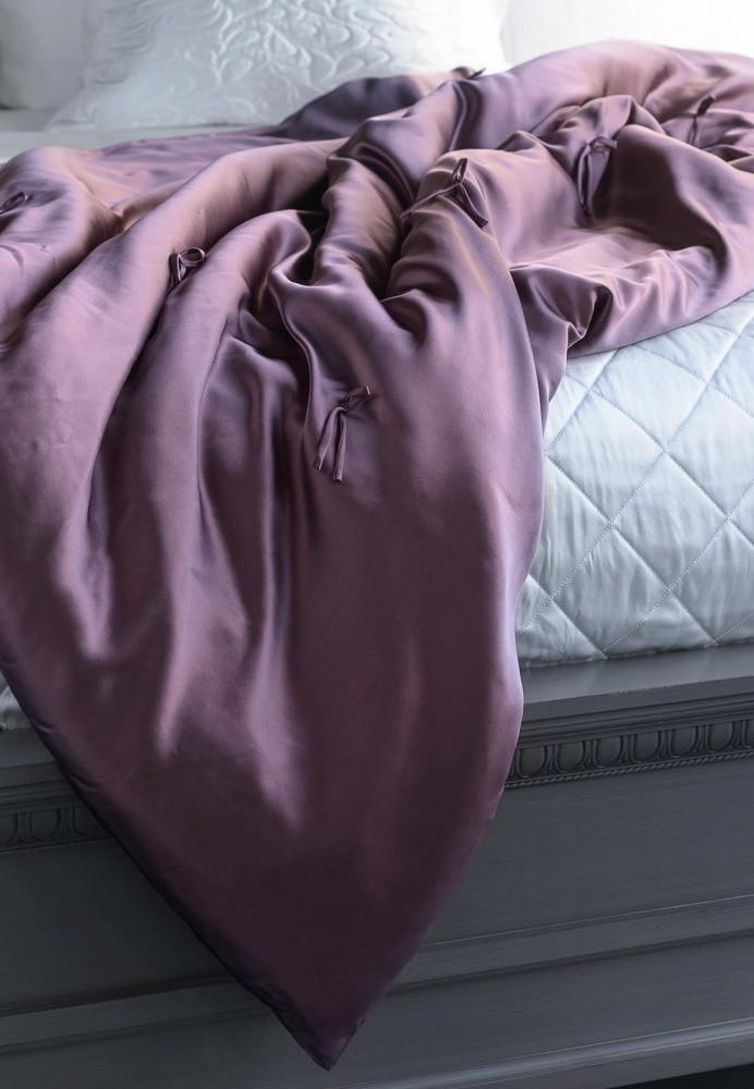 MANITO Silk Throw Blanket, Plum