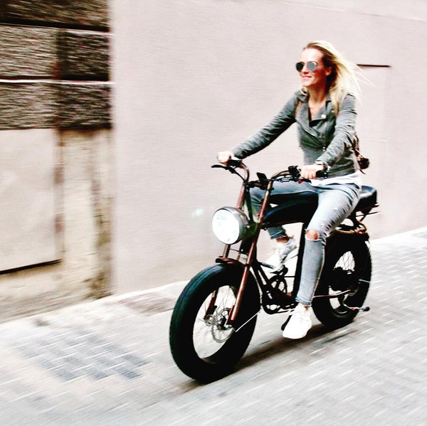 E-Bike for Women- Uni Moke- Vintage moped style electric bike