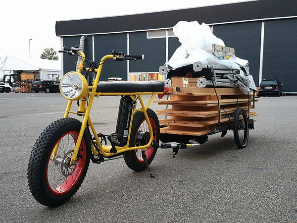 UNI Moke electric bike with heavy cargo bike trailer