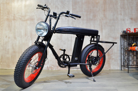 rear low cargo deck, Urban cargo e-bike UNIMOKE