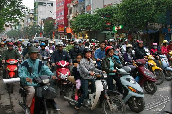 Cheap mass produces Chinese scooters and mopeds