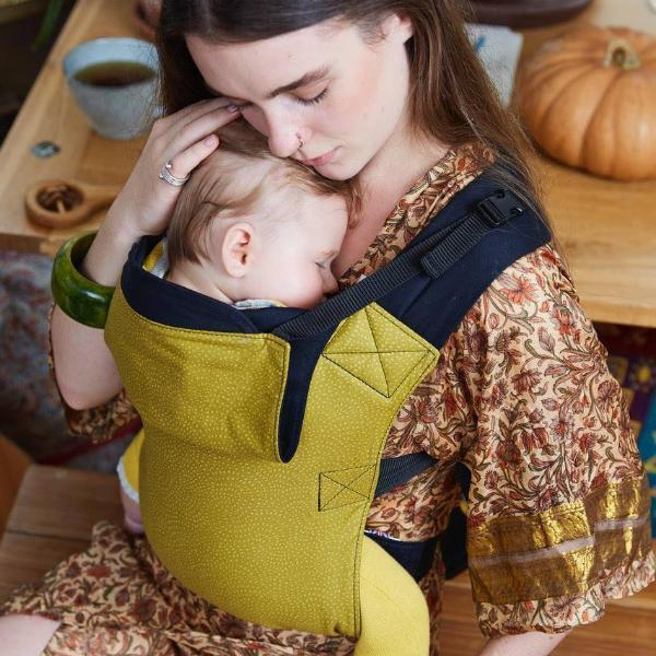 Integra Baby Carrier Twist Olive-Buckle Carrier-Integra- Little Zen One US Babywearing baby carriers