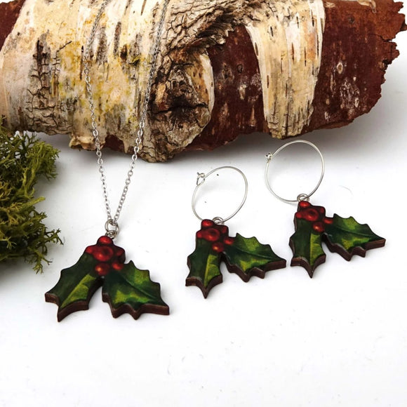 Holly earrings and necklace