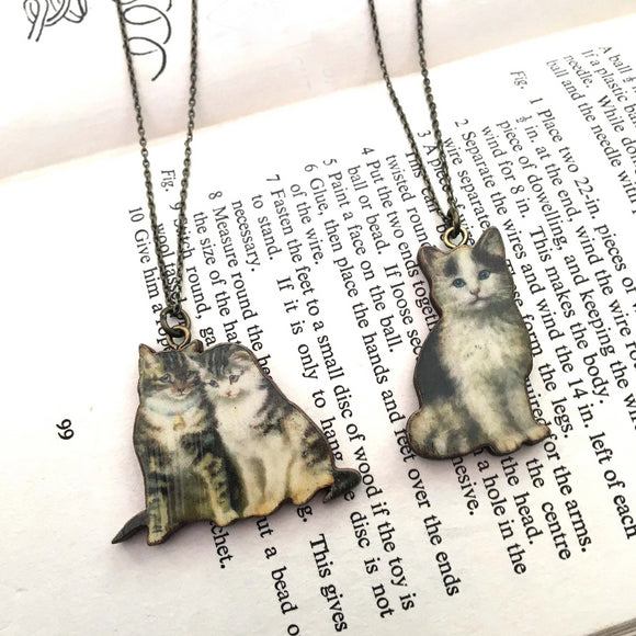 Kitten necklace