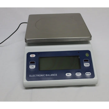 Accurate 10 kg scale with 0.1 g accuracy and Auto calibration