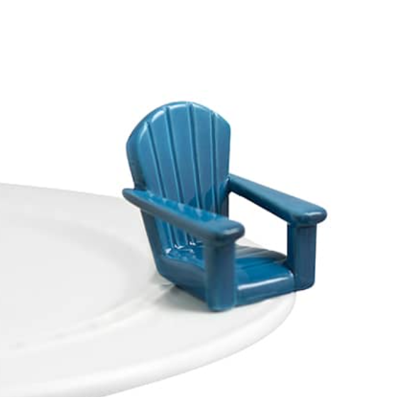 Nora Fleming Chilling Chair Mini