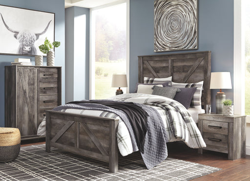 Wynnlow Gray Queen Panel Bed Frame