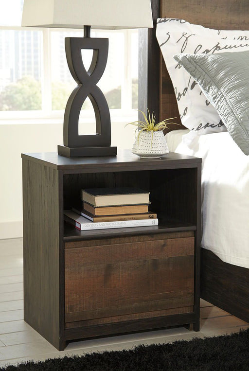 Windlore Dark Brown One Drawer Night Stand