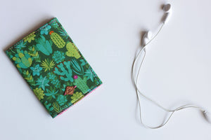 Cactii  Passport Sleeve