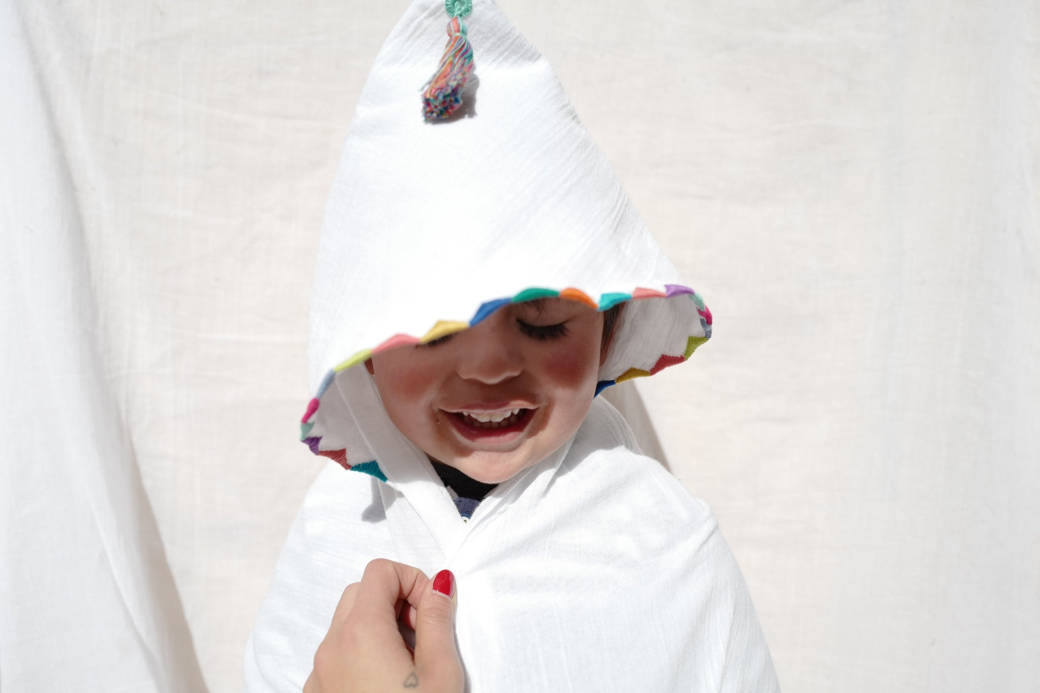 PAPALOTE  HOODED BLANKET