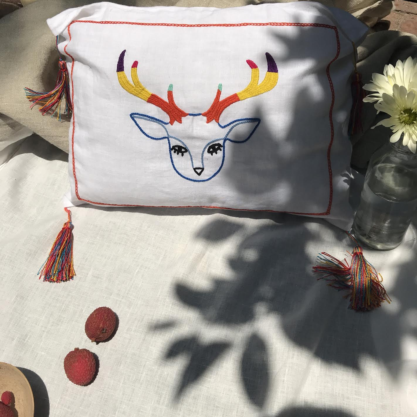 VENADO AZUL CUSHION