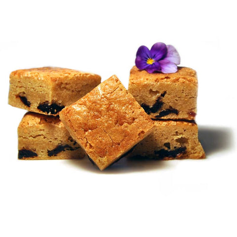 Whole dried cherries burst in every bite of our cherry blondie truffle brownies. Delicious food gifts they'll love.