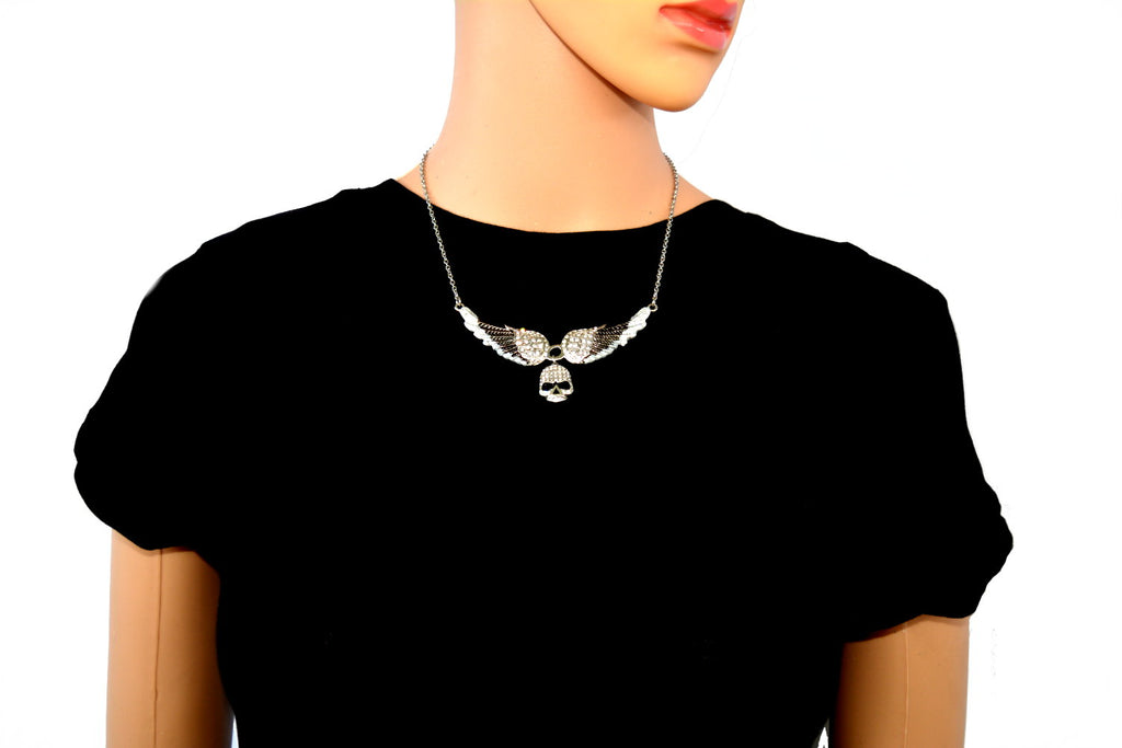 SK2306 Small Black Painted Winged Necklace With Skull White Imitation Crystals