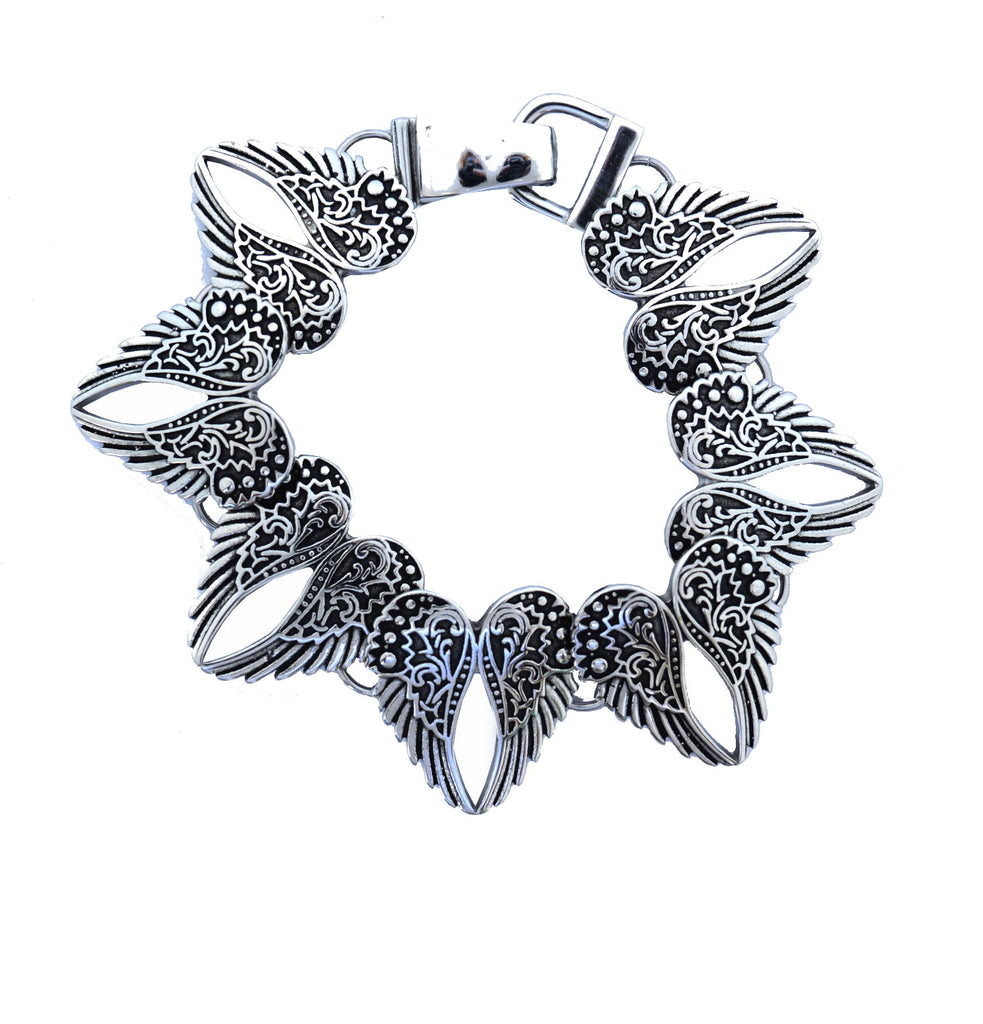 SK2552 Wings Heart Bangle Imitation Diamonds Stainless Steel Heavy Metal Jewelry