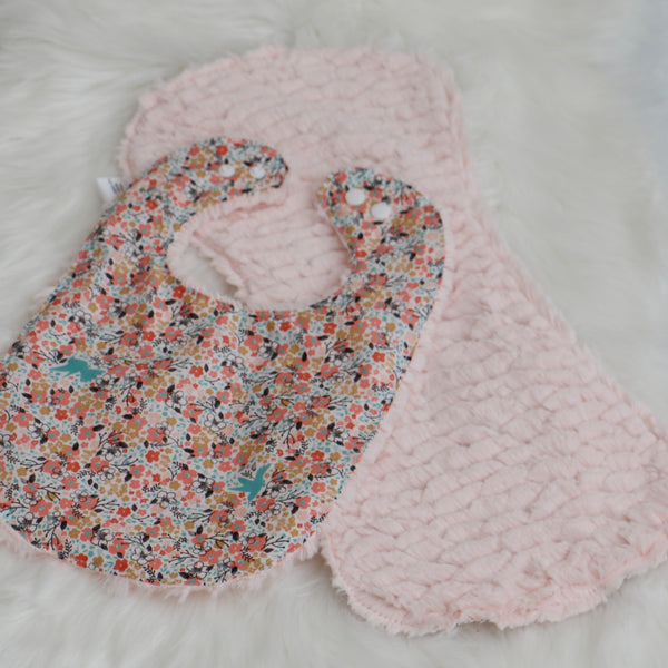 Floral Meadow Bib and Burp Cloth Baby Shower Gift Carli's Closet