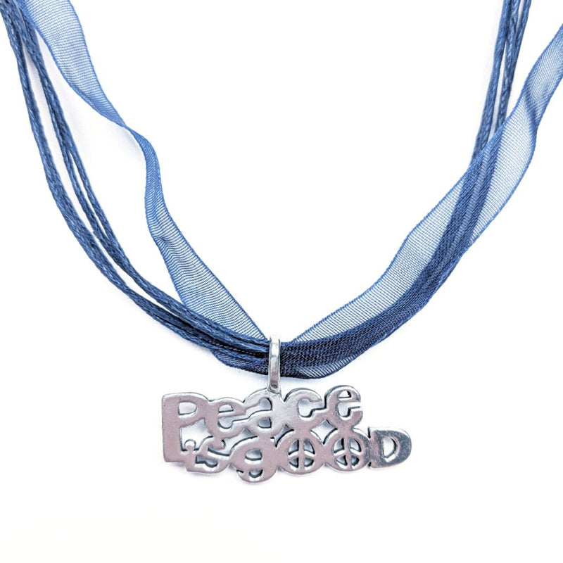 Necklace 'Peace is Good'