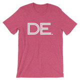 DE- State of DELAWARE Abbreviation Men's / Unisex short sleeve t-shirt