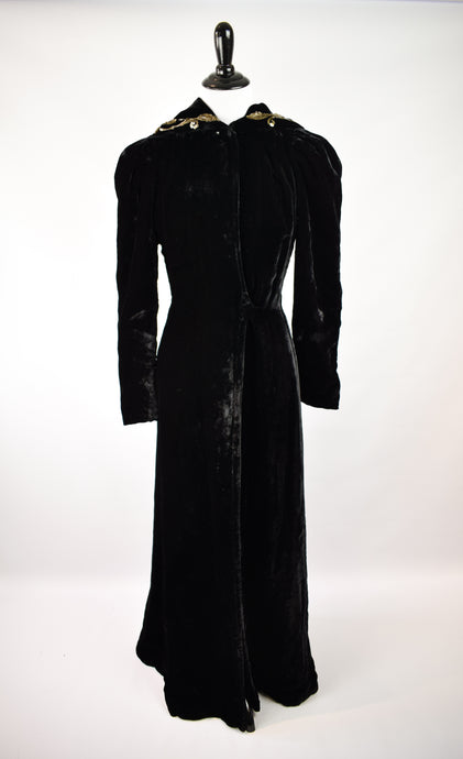 1940s Hooded Black Velvet Opera Cloak
