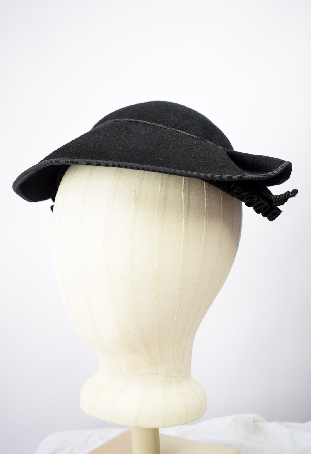 1940s Black Felt Picture Visor Hat
